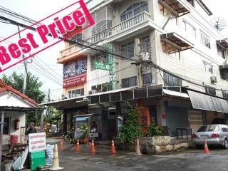 01272, ขาย อาคารพาณิชย์ 3.5 ชั้น เนื้อที่ 20 ตรว. หมู่บ้าน อรุณธร (รามอินทรา-สุขาภิบาล 5)