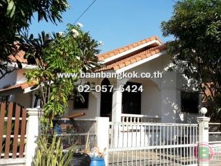 01240, ขาย บ้านเดี่ยว ชั้นเดียว เนื้อที่ 52 ตรว. หมู่บ้าน อรดาสวีทโฮม ถ.บางบัวทอง-สุพรรณ อ.เมือง จ.สุพรรณบุรี
