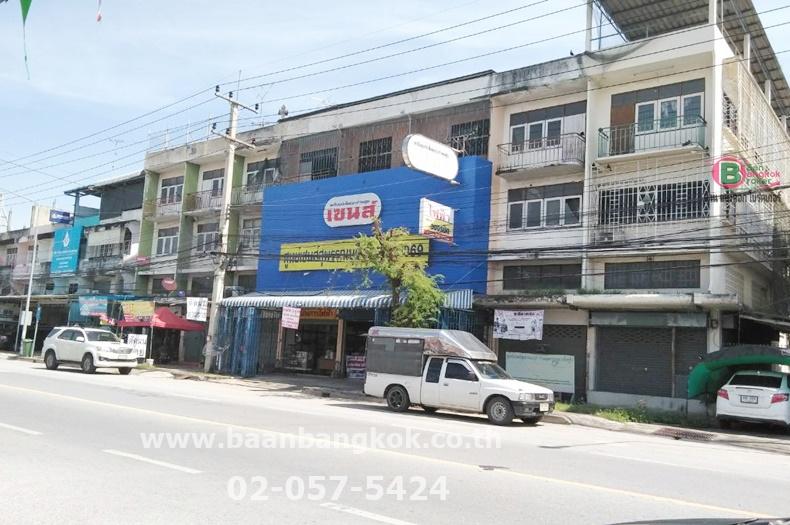 ขาย สำนักงาน ขายรวม 3 คูหา ตีทะลุ เนื้อที่ 45 ตรว. ถนน ประชาธิปไตย อ.เมือง จ.สุพรรณบุรี