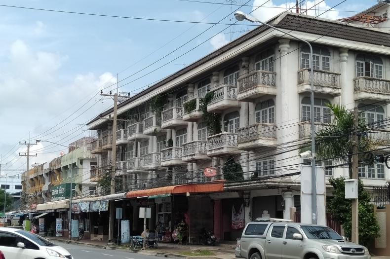 ขาย อาคารพาณิชย์ หลังมุม เนื้อที่ 23 ตรว. ถนน สุพรรณบุรี-ชัยนาท จ.สุพรรณบุรี ทำเลดี ติดถนน