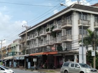 1520, ขาย อาคารพาณิชย์ หลังมุม เนื้อที่ 23 ตรว. ถนน สุพรรณบุรี-ชัยนาท จ.สุพรรณบุรี ทำเลดี ติดถนน