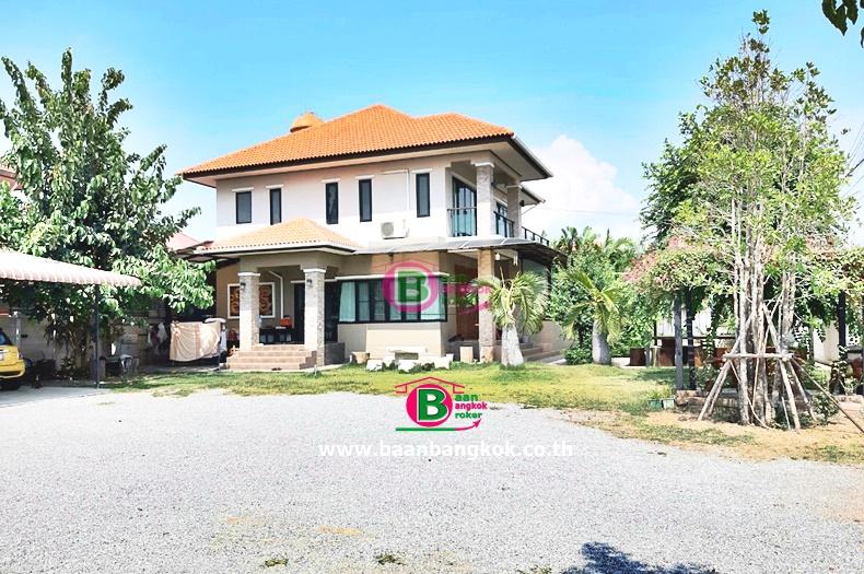 บ้านเดี่ยว 2 ชั้น โครงการ ศิริชัย 1 เนื้อที่ 268.5 ตรว. มี 4 ห้องนอน 4 ห้องน้ำ ถนนแสงชูโต เมือง กาญจนบุรี