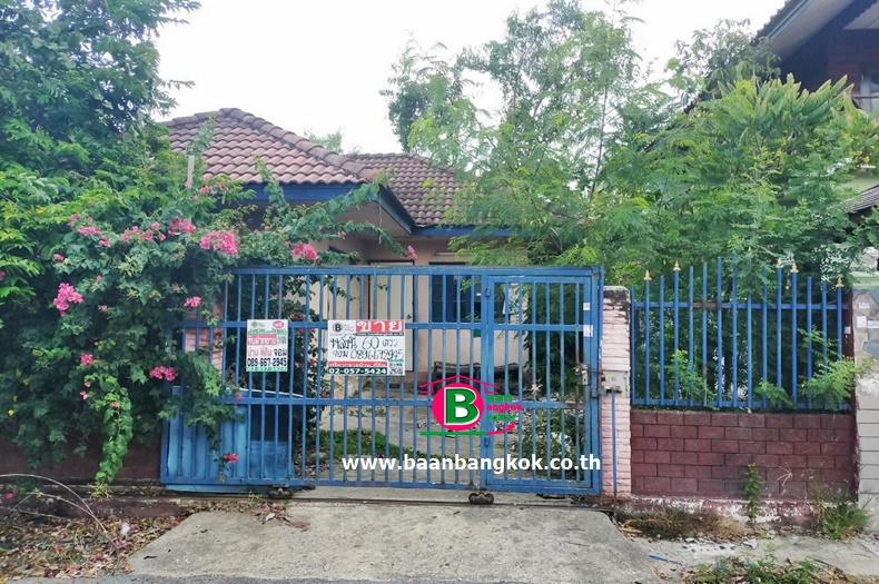 บ้านเดี่ยว 1 ชั้น โครงการ พรธิสาร 7 เนื้อที่ 60 ตรว. มี 2 ห้องนอน 1 ห้องน้ำ ถนนรังสิต-นครนายก ธัญบุรี ปทุมธานี