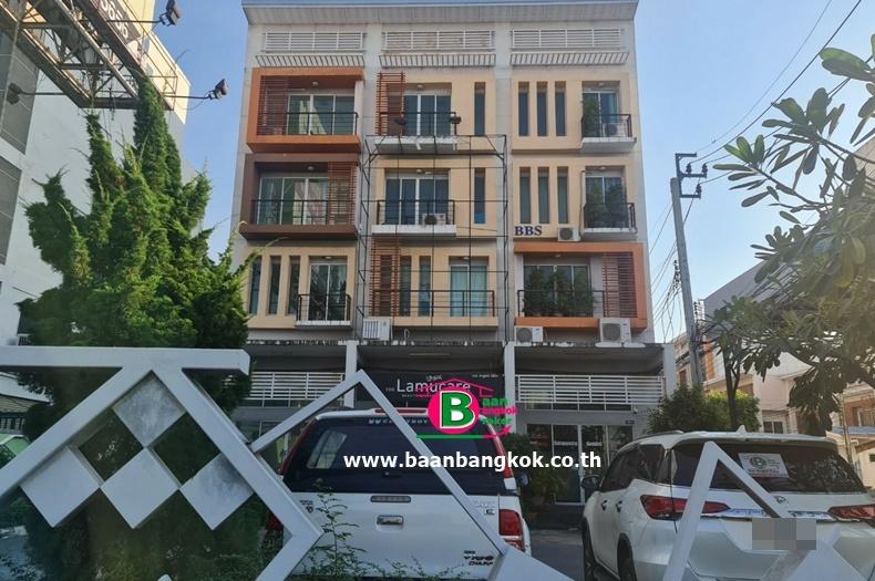 อาคารพาณิชย์ 4.5 ชั้น โครงการ RK PARK รามอินทรา-คู้บอน เนื้อที่ 19.7 ตรว. มี 5 ห้องนอน 7 ห้องน้ำ ถนนรามอินทรา-คู้บอน เขตคลองสามวา