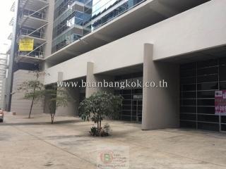 00225, *ให้เช่า คอนโด อุตสาหกรรม ชั้น1 เนื้อที่ 342 ตรม.  โครงการ นาริตะ อิมแพคเมืองทองธานี