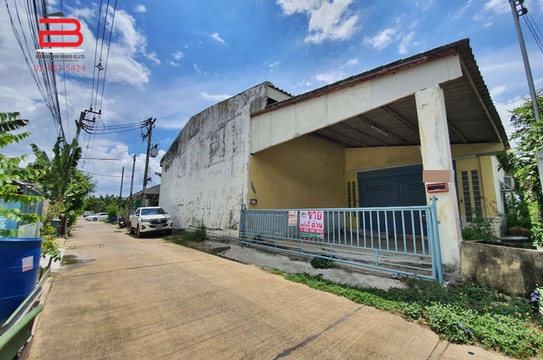 ที่ดินพร้อมโกดัง 2 ชั้น เลียบคลองสาม ลำลูกกา , ซอยสายไหม 5 เนื้อที่ 200 ตรว. มี 4 ห้องนอน 3 ห้องน้ำ ถนนลำลูกกา อ.ลำลูกกา จ.ปทุมธานี