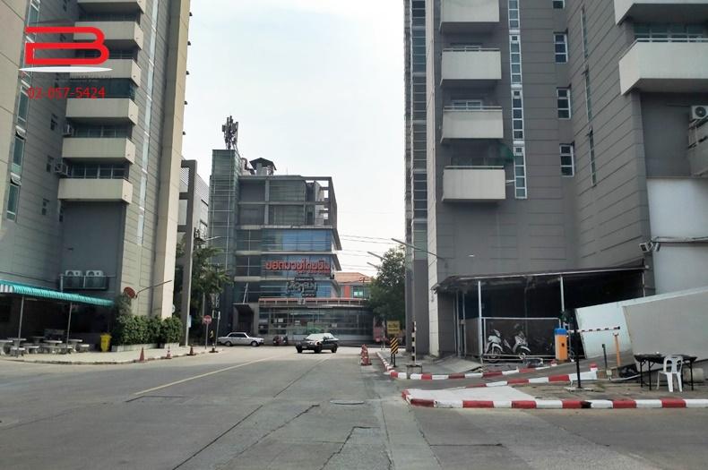 คอนโดมิเนียม โครงการ วิคตอเรีย เลควิว สูง 24 ชั้น อยู่ชั้นที่ 18 ตึก 2 เนื้อที่ 54.24 ตรม. มี 2 นอน 1 น้ำ ถนนแจ้งวัฒนะ อ.ปากเกร็ด จ.นนทบุรี