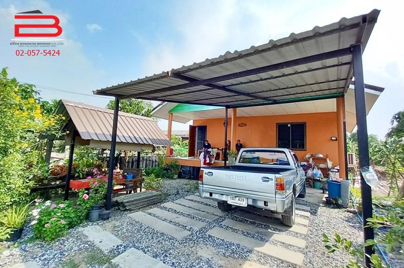 ที่ดินพร้อมบ้านเดี่ยว 1 ชั้น ชุมชนลำต้อยติ่ง เนื้อที่ 86.3 ตรว. มี 1 ห้องนอน 1 ห้องน้ำ ถนนสุวินทวงศ์ เขตหนองจอก