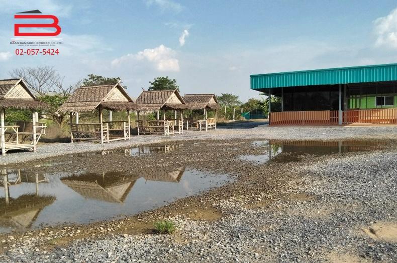 ที่ดินพร้อมบ้าน 1 ชั้น เนื้อที่ 1-2-50 ไร่ มี 2 ห้องนอน 2 ห้องน้ำ ถนนมาลัยแมน อ.สองพี่น้อง จ.สุพรรณบุรี